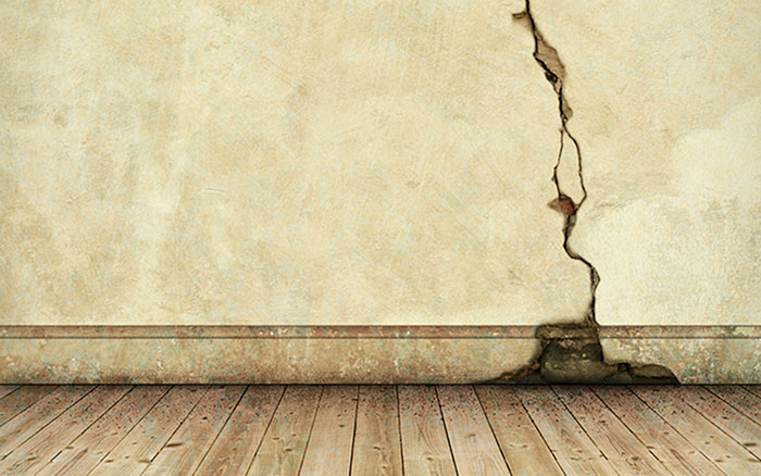 Dealing with Horizontal Foundation Wall Cracks | Troy, MI