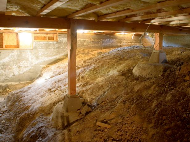 Crawlspace Waterproofing – Should You Insulate the Dirt Floor? | Westland, MI