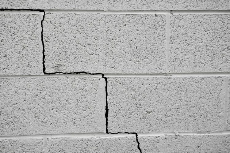 What to Do About House Foundation Cracks Sterling Heights, MI